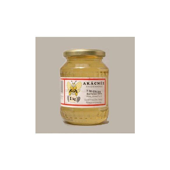 Bertalan Akácméz (900 g)